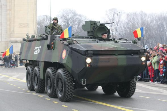 1801120929211200px_MOWAG_Piranha_IIIC_Military_Parade_on_December_the_1st_2009.jpg